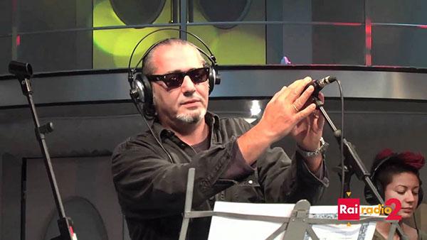 Luca Carboni a Radio 2 SuperMax