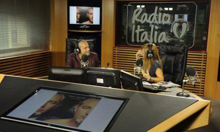Luca Carboni ospite di Radio Italia Live