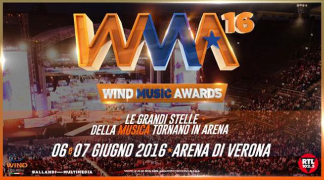 Luca Carboni ai Wind Music Awards 2016