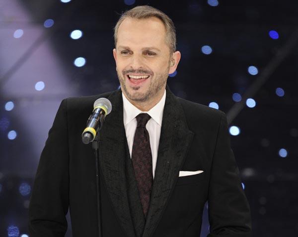 Miguel Bosè nel nuovo album di Luca Carboni
