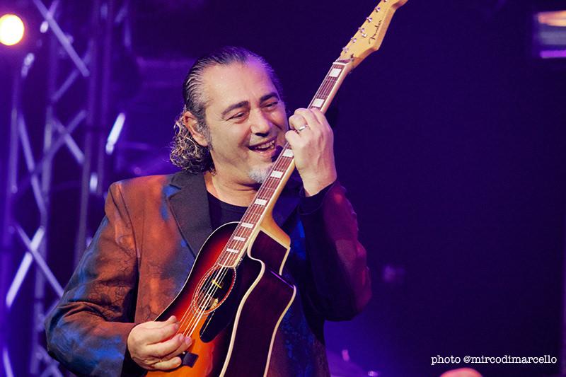 Luca Carboni in concerto a Bologna, 20 dicembre 2013
